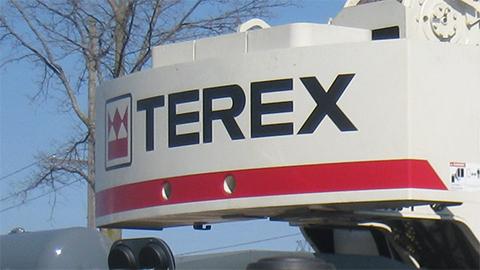 ��������� �������� Zoomlion ����� ������ Terex Corporation