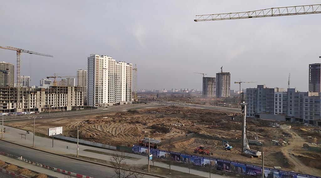 Строительство жилой и коммерческой недвижимости в Москве приостановлено с 13 по 19 апреля