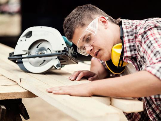 инструкция по охране труда для плотника в строительстве